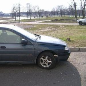 Продам авто Renault  Laguna 1994 г.в. бензин.