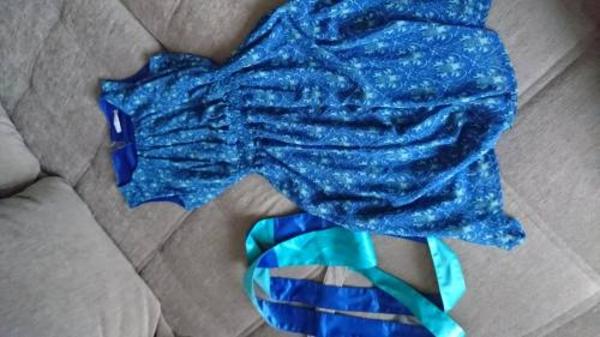 Летнее весеннее платье новое 46 размер